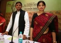 Akhilesh and Dimple press meet