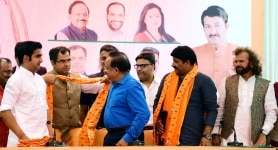 Manoj Tiwari with Gautam Gambhir and Hans Raj Hans at Party Meeting