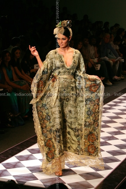Buy Lakme Fashion Week Pictures Images Photos By Bhaskar Paul News Pictures