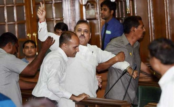 BJP MLA OP Sharma being thrown out of the house