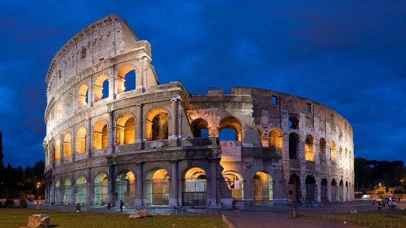 इटली में नस्लभेद के शिकार हुए 3 IIT स्टूडेंट्स