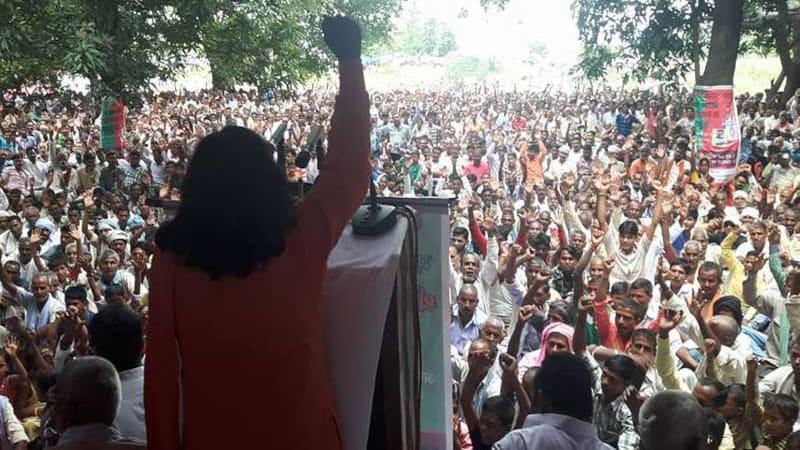 BJP की ये लड़की यूपी में मायावती की काट है