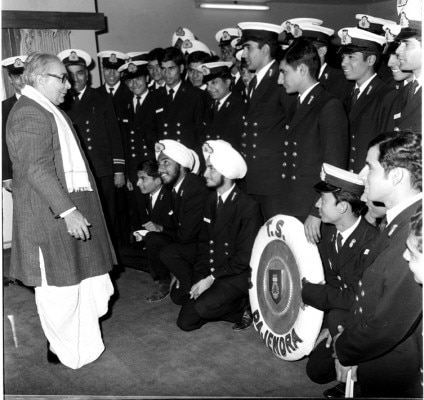 PD/BSA / Jan. 74, A 58 Q / 15The Cadets of 'T.S. Rajendra' with Transport and Shipping Minister Kamlapati Tripathi, when they called on him in New Delhi on January 28, 1974.