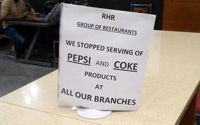 कई सारे रेस्टोरेंट्स में ऐसे नोटिस लग भी चुके हैं.