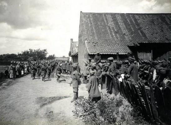 पहले विश्वयुद्ध में फ़्रांस के मोर्चे पर छठी जाट रेजिमेंट के सैनिक