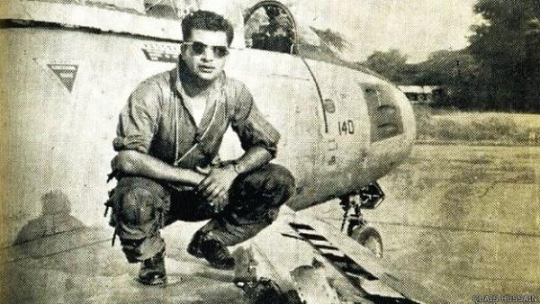 पकिस्तान के फाइटर पायलट कैश हुसैन
