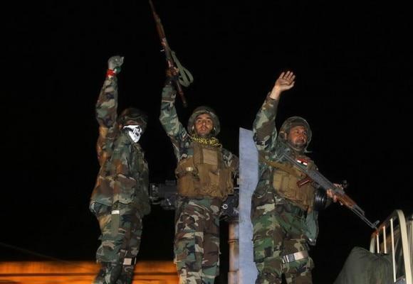 ISIS से लड़ने के लिए कुर्दों ने अपने फाइटर तैयार कर लिए. जिन्हें 'पेशमर्गा' कहा जाता है. (Photo Reuters)