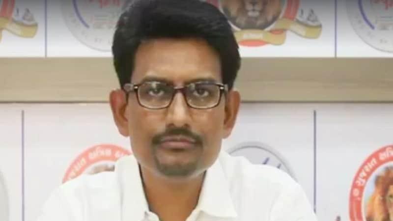 गुजरात का वो नेता, जो पांच साल पहले चुनाव हार गया, आज सरकार को आंखें दिखा रहा है