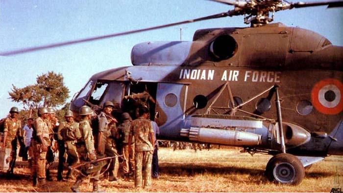 ऑपरेशन पवन की तैयारी में भारतीय सेना