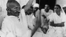 जिसके नाम पर मारे गए, उस पाकिस्तान में गांधी की क्या जगह है?