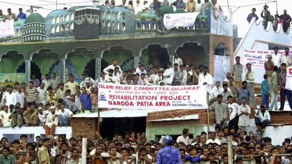 नरोदा पाटिया में रहने वाले बाशिंदों में से कई नाउम्मीद हो चुके हैं, वो अब चुनाव वगैरह में दिलचस्पी नहीं लेते