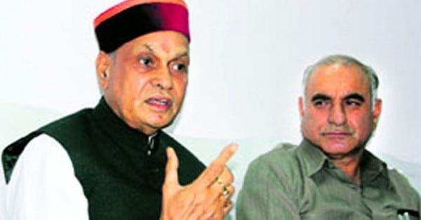 एक प्रेस कॉन्फ्रेंस में गुलाब सिंह ठाकुर के साथ प्रेम कुमार धूमल