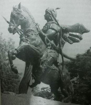 राजा सुहेलदेव की एक प्रतिमा