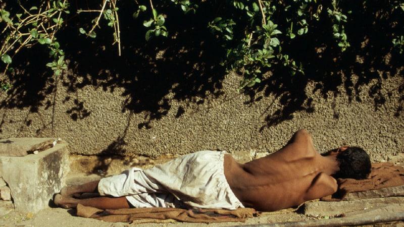 भूख और मौत के बीच शरीर के साथ क्या-क्या होता है?