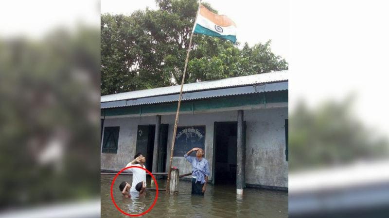 बाढ़ में तिरंगे को सलाम करते इस बच्चे के साथ जो हुआ, उस पर विश्वास नहीं होता