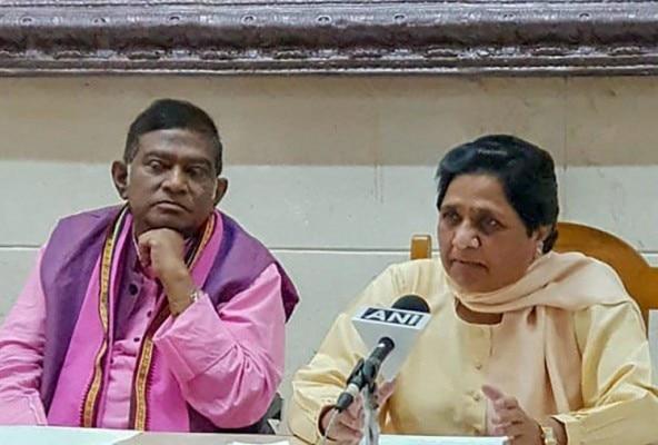 अजीत जोगी ने मायावती से गठबंधन किया है. मायावती ने भी कहा है कि अगर पार्टी जीतती है तो मुख्यमंत्री अजीत सिंह ही बनेंगे.