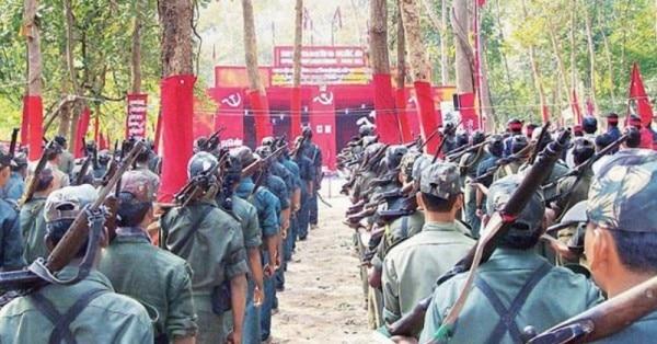 दुमका पुलिस और एसएसबी की जॉइंट टीम ने एक मुठभेड़ में 10 लाख के इनामी नक्सली ताला दा को मार गिराया है.