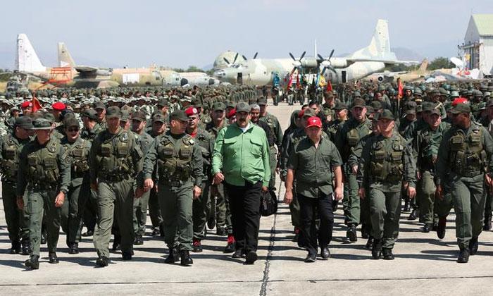 निकोलस मादुरो ने चुनाव करवाने से इनकार कर दिया है. उनका यही रवैया बना रहा, तो वेनेजुएला भुगतेगा (फोटो: रॉयटर्स)