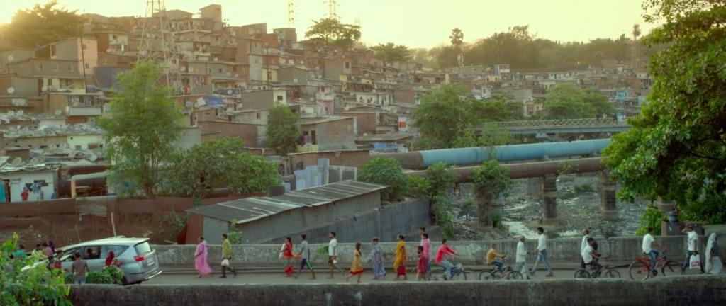 मुंबई का स्लम.