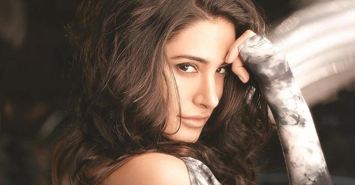 नरगिस ने उस फिल्म से डेब्यू किया था, जिसमें पहले अनुष्का शर्मा काम करने वाली थीं. इम्तियाज अली की रणबीर कपूर स्टारर 'रॉकस्टार'.