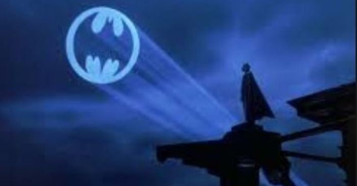 batman searchlight1