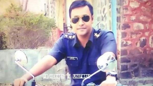 आतंकवादियों से मुठभेड़ के दौरान मेजर केतन शर्मा शहीद हो गए हैं.