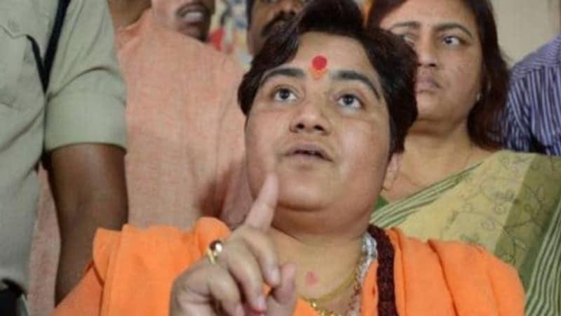 BJP ने बड़बोली प्रज्ञा ठाकुर को चुप कराने का आईडिया निकाल लिया है