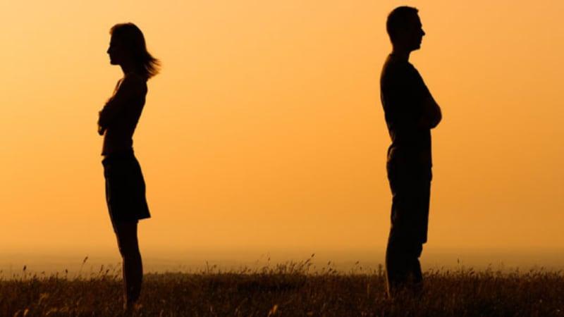 क्या स्त्रियों की आज़ादी पर उसके दावे खोखले थे?