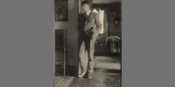 डेविड गार्नेट. इनके पिता एडवार्ड गार्नेट एक बड़े साहित्यकार थे. सोर्स - विकीमीडिया