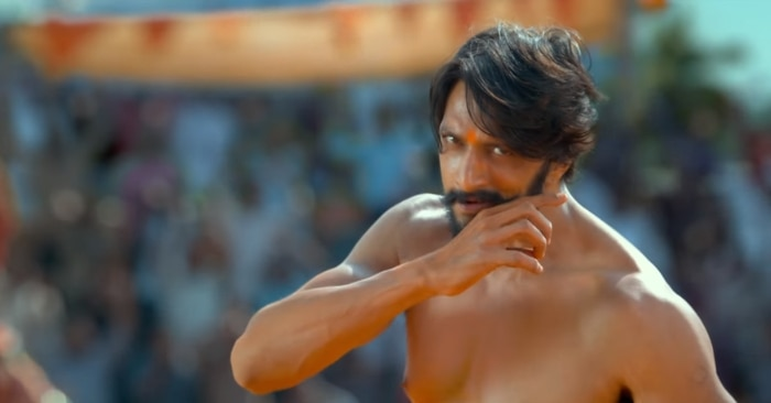 फिल्म के एक सीन में अखाड़े में अपनी मूंछ को ताव देता सुदीप का किरदार.