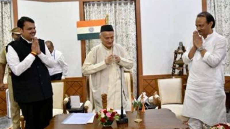 देवेन्द्र फडणवीस ने महाराष्ट्र के CM पद से इस्तीफ़े का ऐलान किया