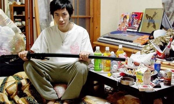 जापान में ट्रेंड बन चुका है हिकिकोमोरी.
