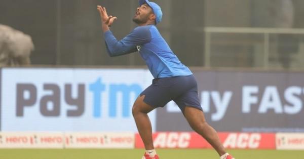 बांग्लादेश दौरे के लिए भारतीय टीम में चुने गए विकेटकीपर बल्लेबाज़ संजू सैमसन फोटो: BCCI