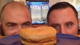1995 में मैकडॉनल्ड्स का बर्गर खरीदा था, अभी तक खराब नहीं हुआ