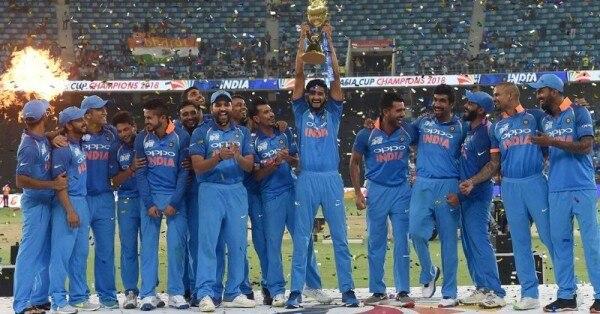 2018 के एशिया कप के फाइनल में इंडिया ने बांग्लादेश को तीन विकेट से हराया था.
