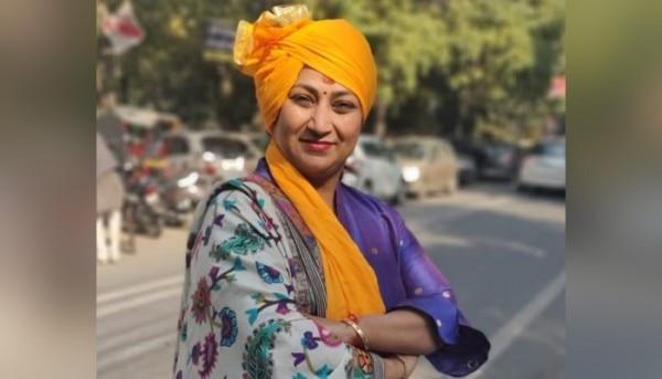 Rekha Gupta 2 700