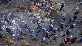 दिल्ली हिंसाः चार इलाकों में कर्फ्यू लगाया गया, पुलिस को मिले 'देखते ही गोली मारने' के आदेश