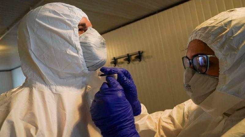 कोरोना वायरस से इटली में एक दिन में 793 लोगों की मौत, अब तक 4,825 की जान गई