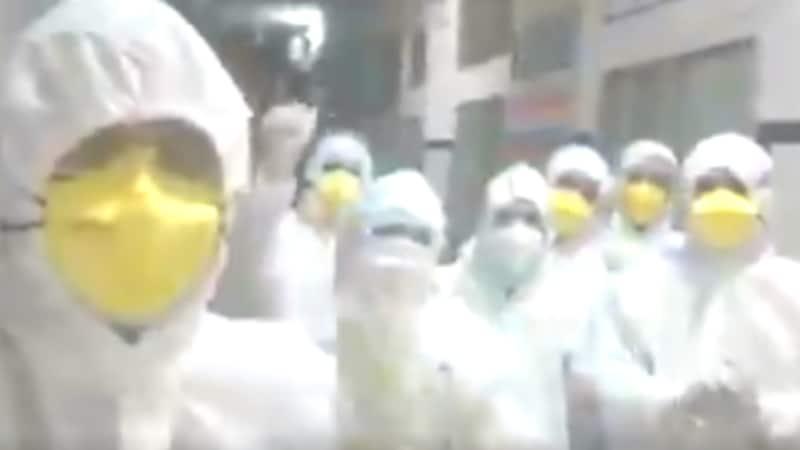 कोरोना से लड़ने वाले ये डॉक्टर लॉकडाउन में रहने वालों के अंदर जान डाल रहे हैं