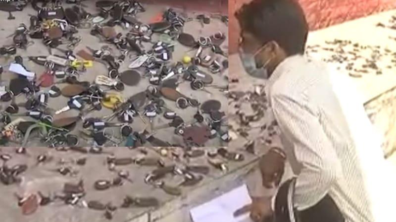 मैं तैनू समझावां Key : लॉकडाउन तोड़ने वालों से फूस के ढेर में सुई खोजवा रही चंडीगढ़ पुलिस!