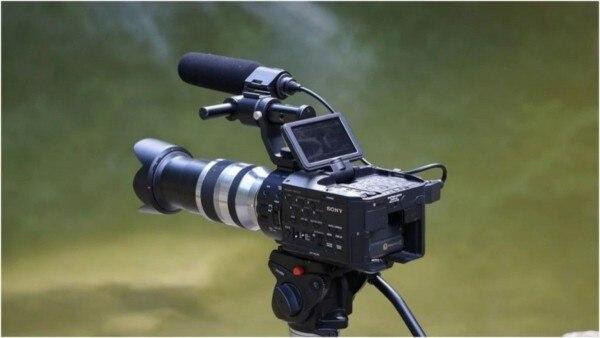 देश में 25 मार्च के बाद से ही फिल्मों और सीरियलों की शूटिंग रुकी हुई है. (Photo: Pixabay)