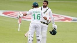 अज़हर अली बिना आउट हुए पूरा दिन खेलते रहे लेकिन पाकिस्तान का काम नहीं बना!