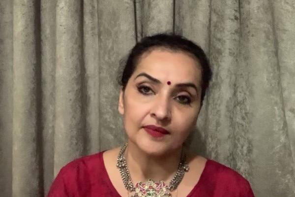 डॉक्टर ध्रुपती डेढ़िया, स्त्रीरोग विशेषज्ञ, क्रिटीकेयर हॉस्पिटल, मुंबई.