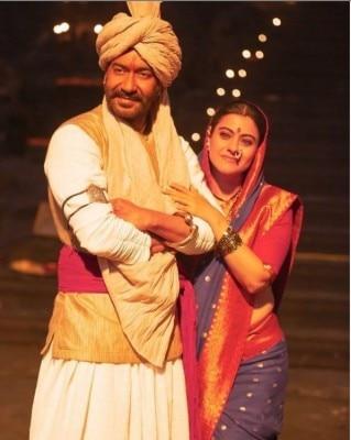 तान्हाजी फिल्म में काजोल के साथ सैफ अली खान भी हैं. फिल्न ने बॉक्स ऑफिस पर अच्छी कमाई की थी.