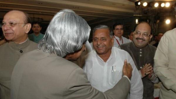 यूपीए सरकार को समर्थन देने से पहले मुलायम सिंह और अमर सिंह ने पूर्व राष्ट्रपति एपीजे अब्दुल कलाम से परमाणु करार के नफा-नुकसान पर चर्चा की थी.