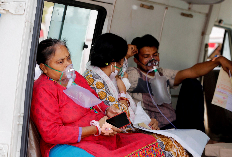 कोविड 19 से बीमार मरीजों के इलाज के लिए प्लाज्मा थेरेपी का भी यूज हो रहा है. फोटो प्रतीकात्मक है और पीटीआई से ली गई है.