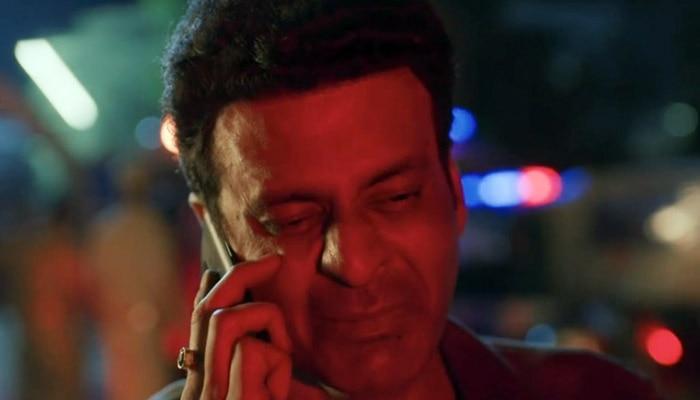 एक कमज़ोर वक़्त में श्रीकांत अपनी पत्नी को फोन भी लगाता है मगर कुछ कहता नहीं.