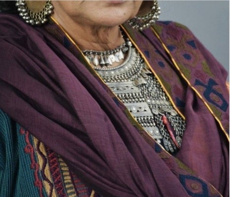 शबाना आज़मी 'एम्पायर' में बाबर की दादी के किरदार में नज़र आएंगी. ( 'एम्पायर' की कास्ट का लुक सीक्रेट रखा जा रहा है इसलिए चेहरा क्रॉप किया गया है.)