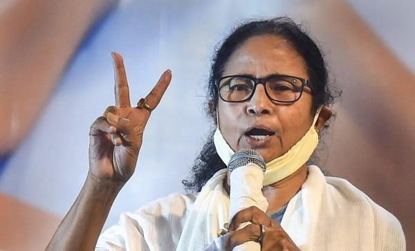पश्चिम बंगाल की मुख्यमंत्री बने रहने के लिए भवानीपुर सीट को जीतना Mamata Banerjee के लिए बहुत जरूरी है. (फोटो: PTI)