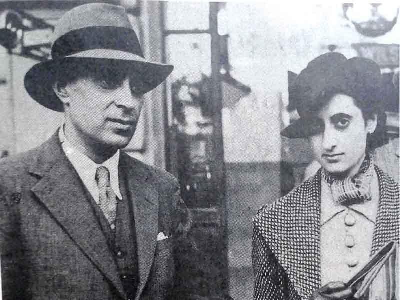 पिता नेहरू के साथ इंदिरा. फोटो: इंडिया टुडे